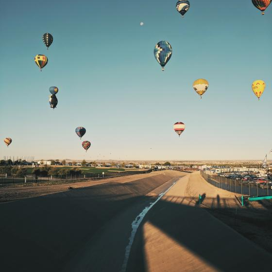 floating hot air balloons in Albuquerque, NM